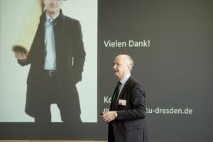 Prof. Peer Haller beim Science Slam. © Fraunhofer-Gesellschaft / Fotografie: Jens Heilmann